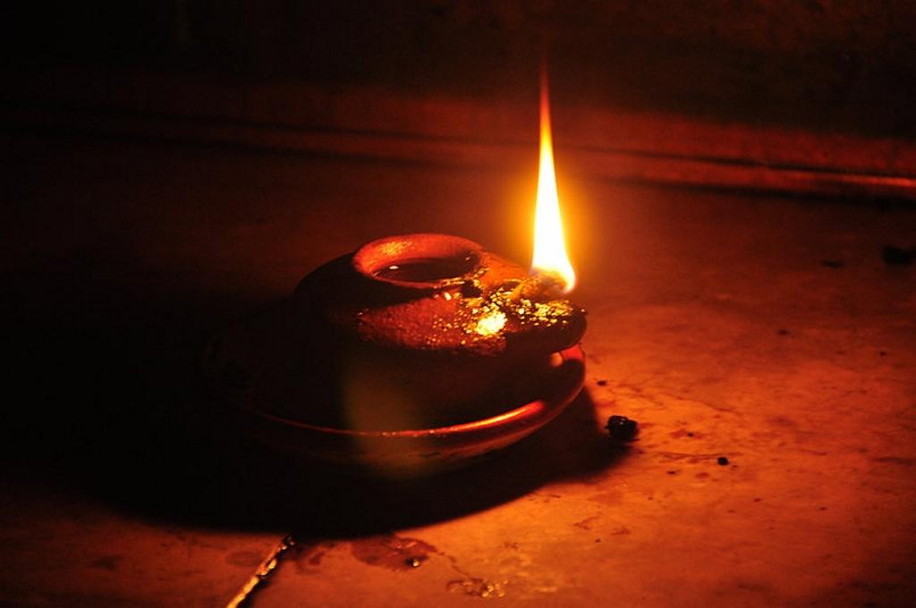 Animated Burning Lamp Oil : Paroisse marie reine des coeurs cierges lampes et lampions